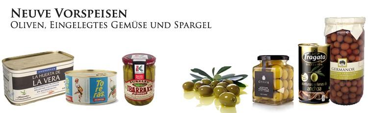 Weihnachts Vorspeisen, Oliven, Eingelegtes Gemüse und Spargel.